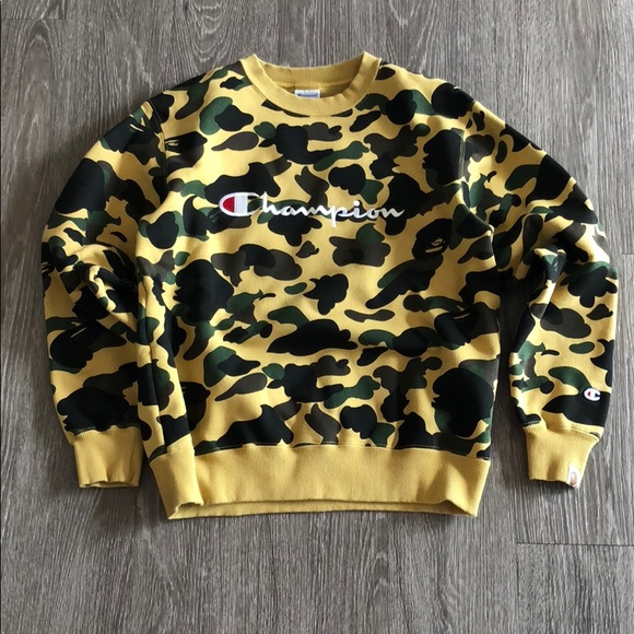 champion camo sweater